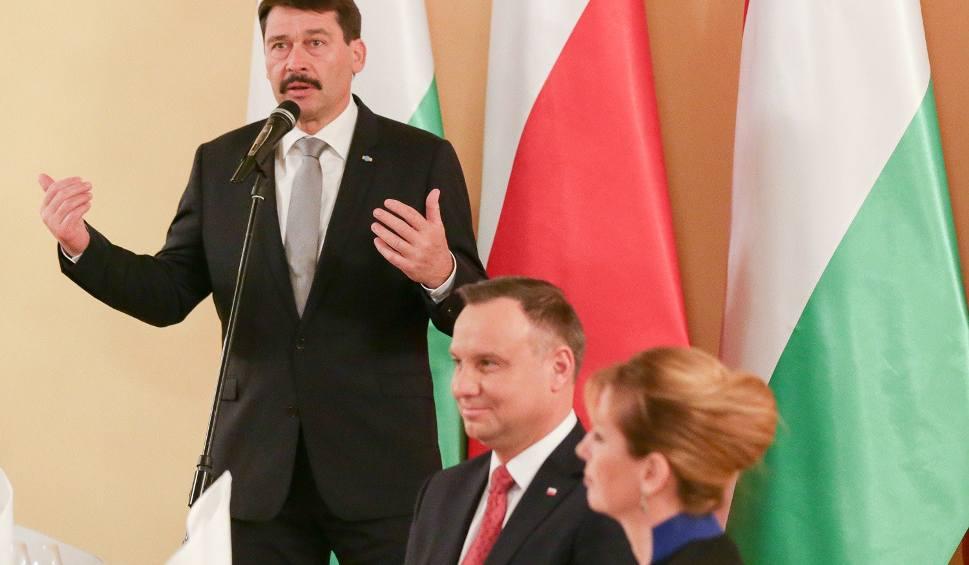 Film do artykułu: Wykwintna kolacja dla prezydentów Polski i Węgier w Best Western Grand Hotel w Kielcach. Jajko mollet, smażony jesiotr, śliwka szydłowiecka