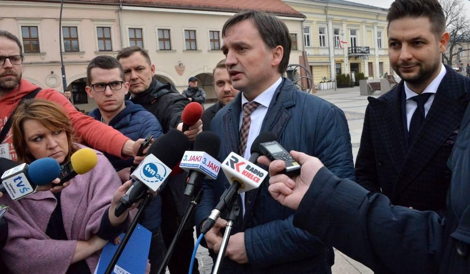 Film do artykułu: Minister Zbigniew Ziobro zarekomendował w Kielcach swojego zastępcę Patryka Jakiego do Europarlamentu