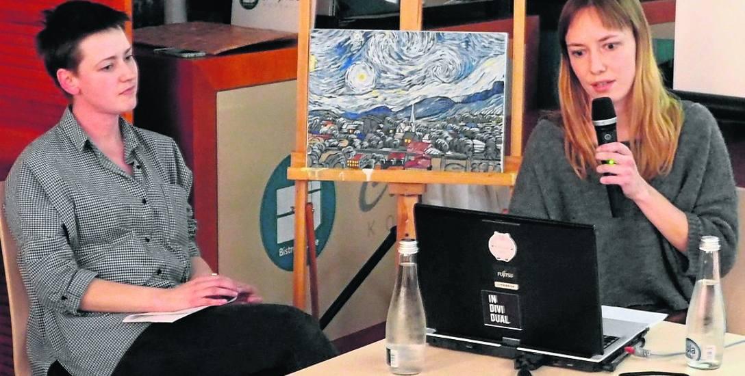 Małgorzata Kuźnik (od lewej) stworzyła 3 minuty filmu przez 2 lata pracy, a Anna Waluś przez rok ok. 1 minuty. Obie panie chętnie wróciłyby do pracy