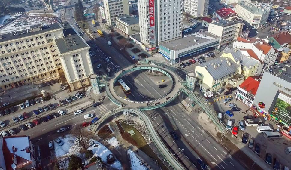 Film do artykułu: Podniebny Rzeszów. Oglądaj miasto z lotu drona [WIDEO, ZDJĘCIA]