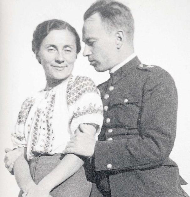 Krystyna i Andrzej Mystkowscy na przedwojennej fotografii