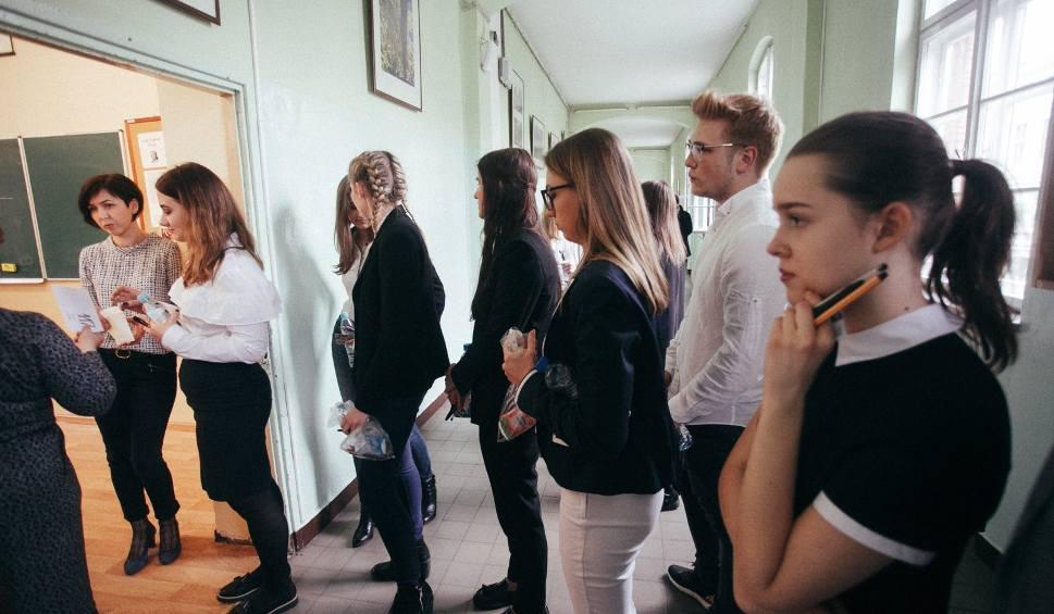 Film do artykułu: MATURA USTNA 2018 JĘZYK POLSKI 21.5.2018 TEMATY AKTUALIZACJA przygotuj się do matury na bieżąco. PYTANIA 1-32