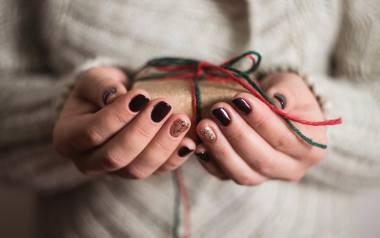 paznokcie na święta bożego narodzenia 2020 paznokcie na święta paznokcie na sylwestra