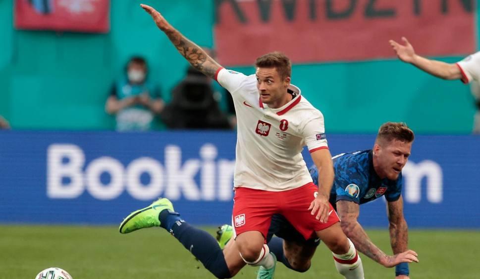 Film do artykułu: Polacy zamknęli mecz ze Słowacją i myślą o Hiszpanii. Karol Linetty: Przepraszamy kibiców. Była w nas ogromna złość i uciekliśmy do szatni