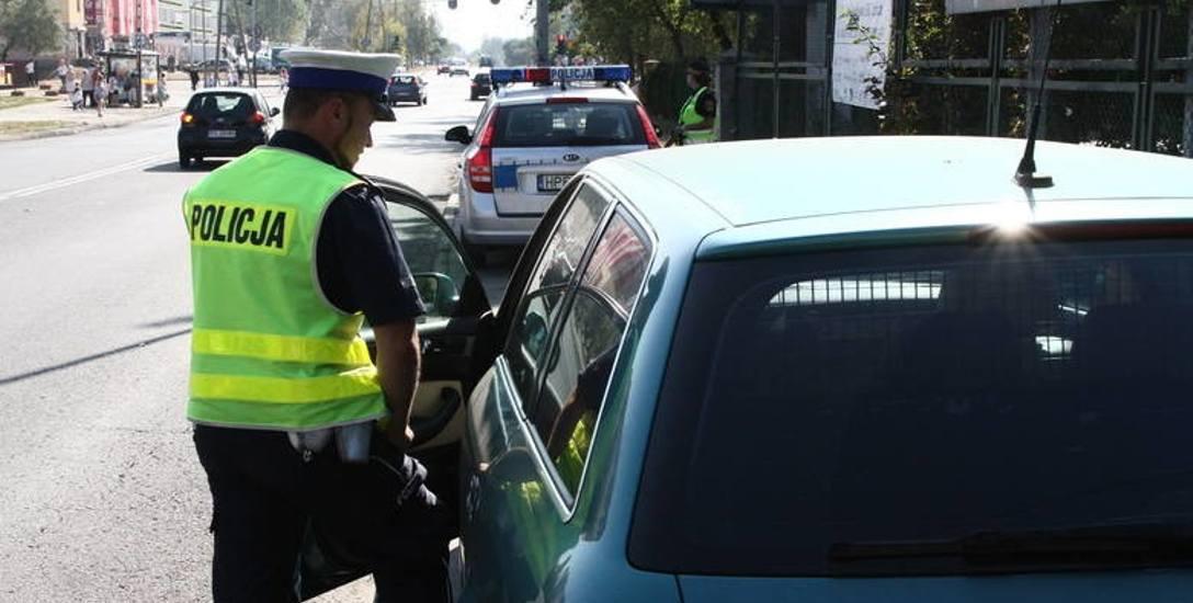 Policja na wojnie z nielegalnymi wyścigami samochodowymi w Łodzi
