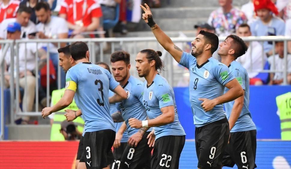 Film do artykułu: Urugwaj - Rosja, MŚ 2018, grupa A. Gospodarze zderzyli się z urugwajskim murem [wynik meczu, relacja]