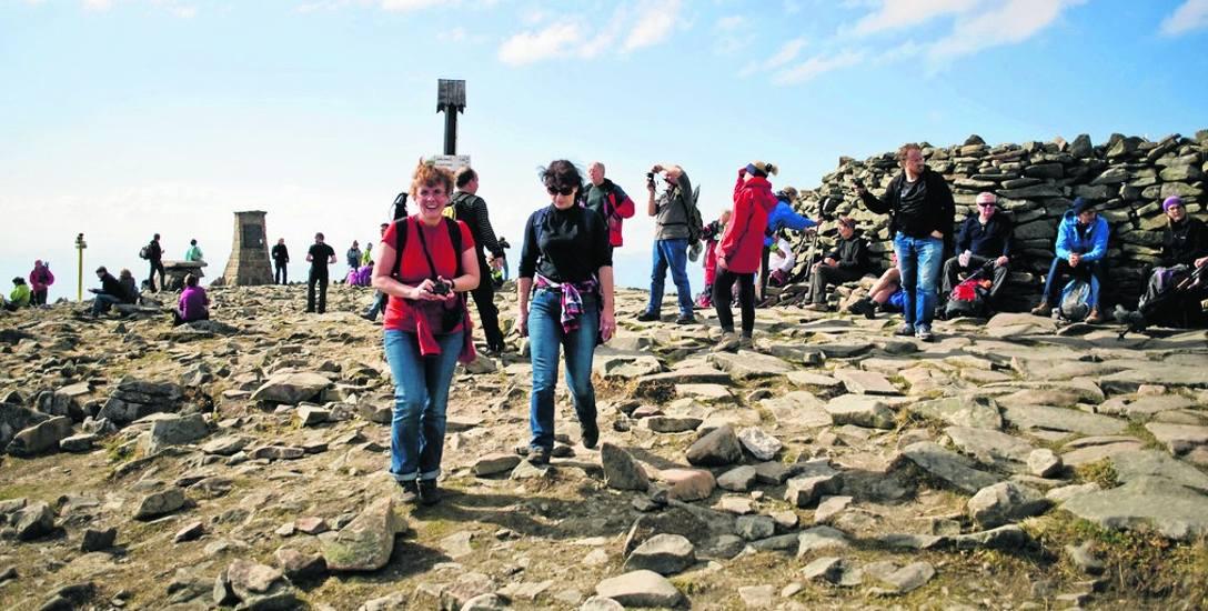 Beskidzkie kolejki wygodnie i szybko wywiozą nas na szczyt