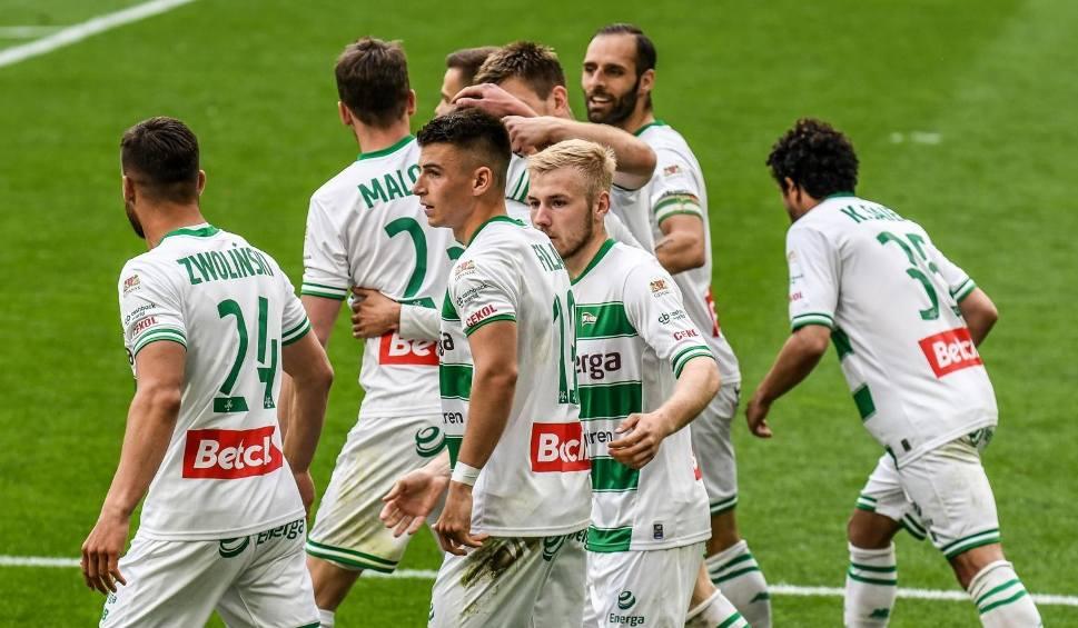 Film do artykułu: PKO Ekstraklasa. 9.05.2021 r. Program. Kiedy Lechia Gdańsk zagra mecze ligowe? Znamy terminarz wszystkich meczów biało-zielonych