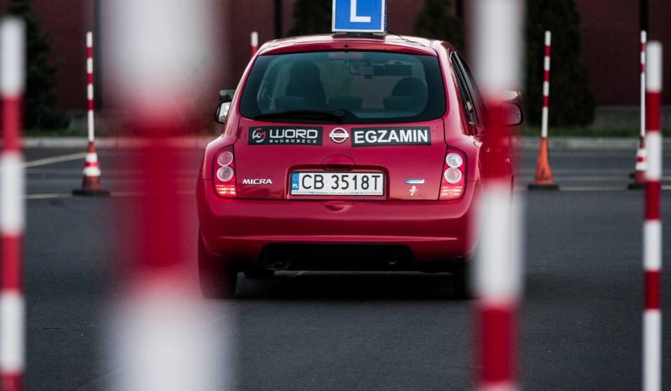 Film do artykułu: Zmiany w egzaminach na prawo jazdy 2019. Jeden z tych błędów od razu kończy egzamin [21.08.2019 roku]