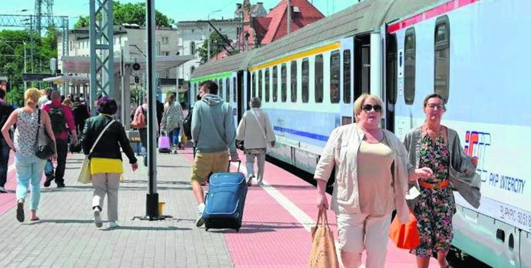 Dziś każdy przewoźnik kolejowy honoruje w swoich pociągach tylko swoje bilety, a to kłopot dla pasażerów.