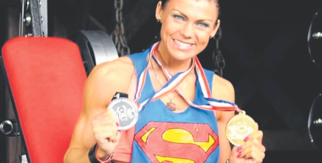 Kinga Szweda może się pochwalić  wieloma medalami. Jest mistrzynią świata i Europy, ale teraz skupia się na najważniejszej walce - o życie... Na  szczęście