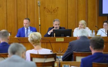 Poniedziałkowa sesja była ostatnim posiedzeniem sejmiku województwa przed wakacjami