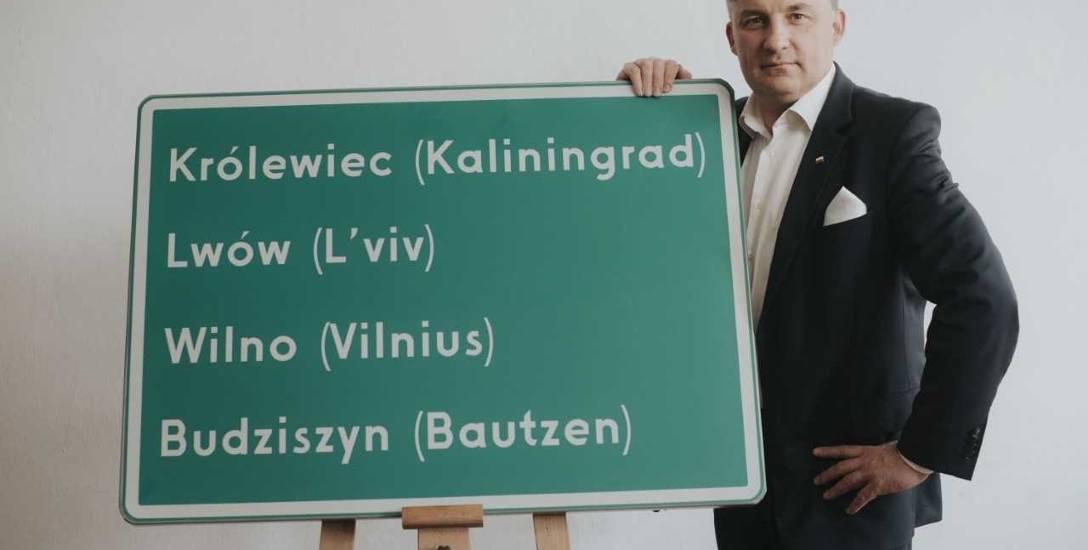 Tablica po zmianach po stronie niemieckiej. Teraz zmienią się również na polskich drogach