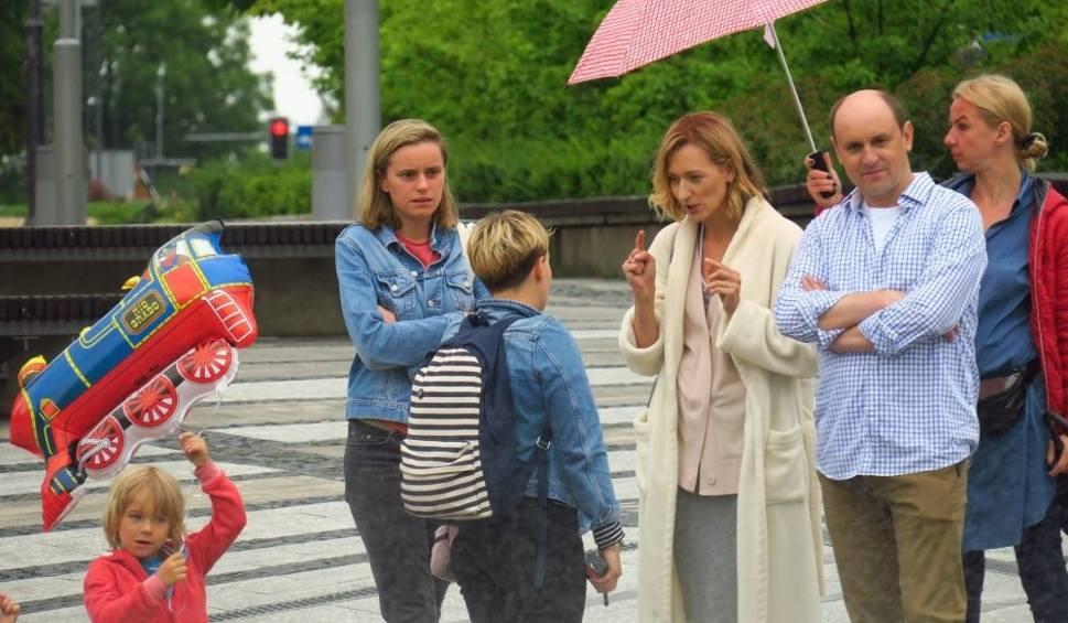 Film do artykułu: Serial Diagnoza: ekipa TVN-u wyjeżdża z Rybnika. Czołowi aktorzy grali swoje sceny ZDJĘCIA