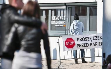 Koronawirus we Wrocławiu: Zakażeni są kolejni lekarze. W Polsce zmarło 36 osób [RAPORT NA ŻYWO - 1.04.2020]