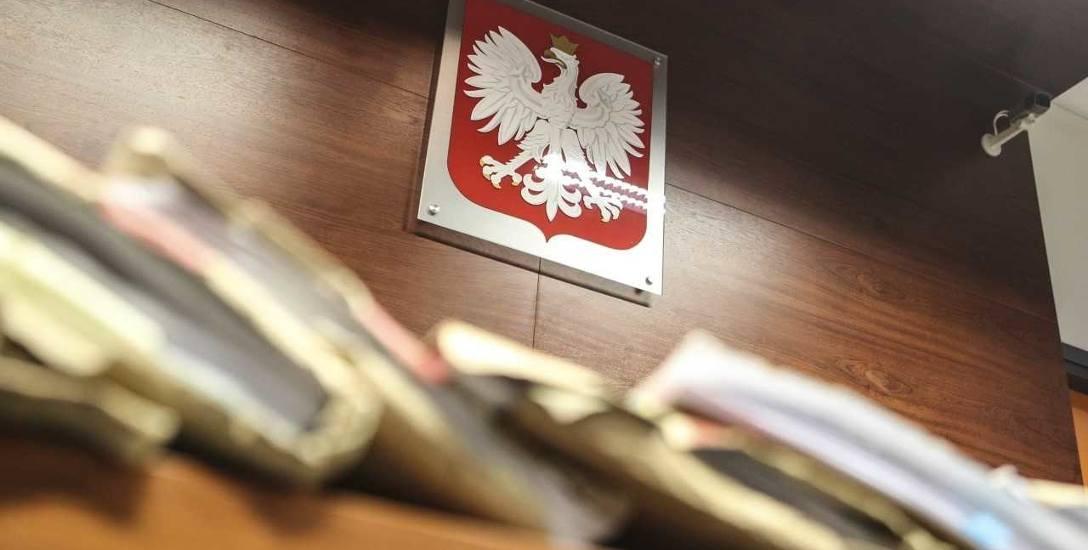 Były komendant MO w Krośnie stanie przed sądem za prześladowanie swojego podwładnego