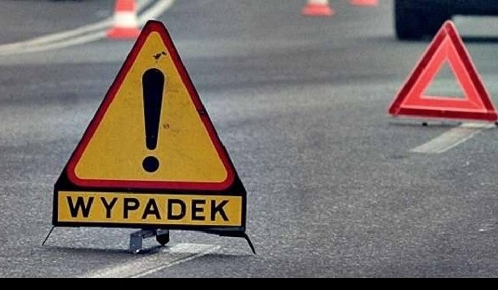 Film do artykułu: Na rondzie Maczka w Bydgoszczy zderzyły się trzy samochody