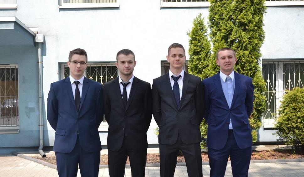 Film do artykułu: Skandal na maturze w Gliwicach! Uczniowie dostali złe arkusze! Muszą pisać egzamin jeszcze raz