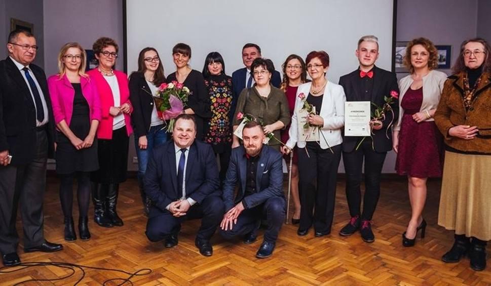 Film do artykułu: Na Ostrowieckiej Gali Wolontariatu chcą nagrodzić społeczników