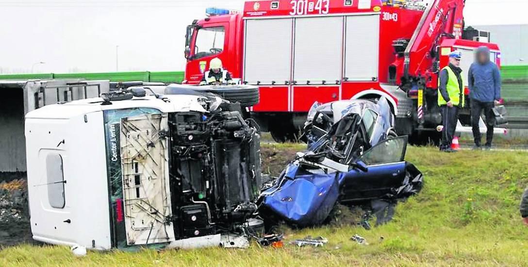 Na opolskich drogach tragedia goni tragedię. Policja apeluje o ostrożność