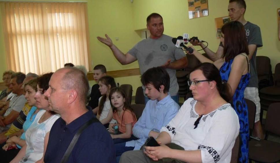 Film do artykułu: Prezydent Kiełb wydał negatywną opinię na lokalizację masztu telefonii komórkowej w Zakrzowie