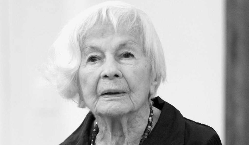 Film do artykułu: Zarażała swą cudowną aurą... Danuta Szaflarska miała 102 lata [WIDEO]