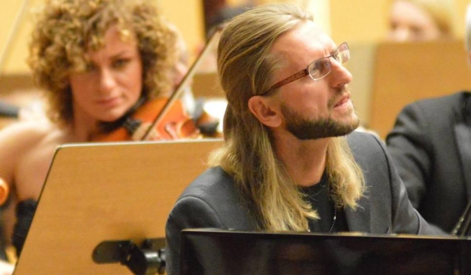 Film do artykułu: Nowy sezon Filharmonii Zielonogórskiej: Możdżer zachwycił i... porwał skrzypaczkę za kulisy [WIDEO]