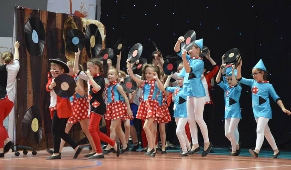 """Film do artykułu: Kochasz tańczyć? Weź udział w bezpłatnym projekcie """"WY_tańcz_to"""" dla dzieci i młodzieży z gminy Pińczów"""