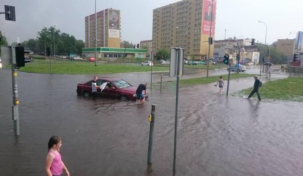 Film do artykułu: 28.07.2016. Ulewa zalała Białystok i część Podlaskiego. Raport (zdjęcia, wideo)
