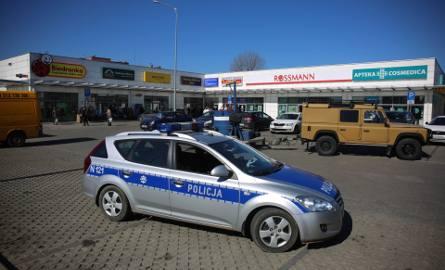 Akcja przy supermarkecie na ul. Worcella w Gdańsku