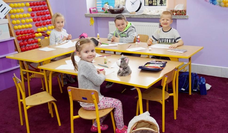 Film do artykułu: Uczniowie z Lipia mają piękną łazienkę i salę lekcyjną