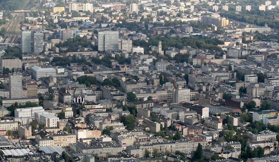 5a30d4fd62ff45 Czy Ministerstwo Infrastruktury i Budownictwa umożliwi samorządom odebranie  lokali komunalnych zamożniejszym lokatorom?