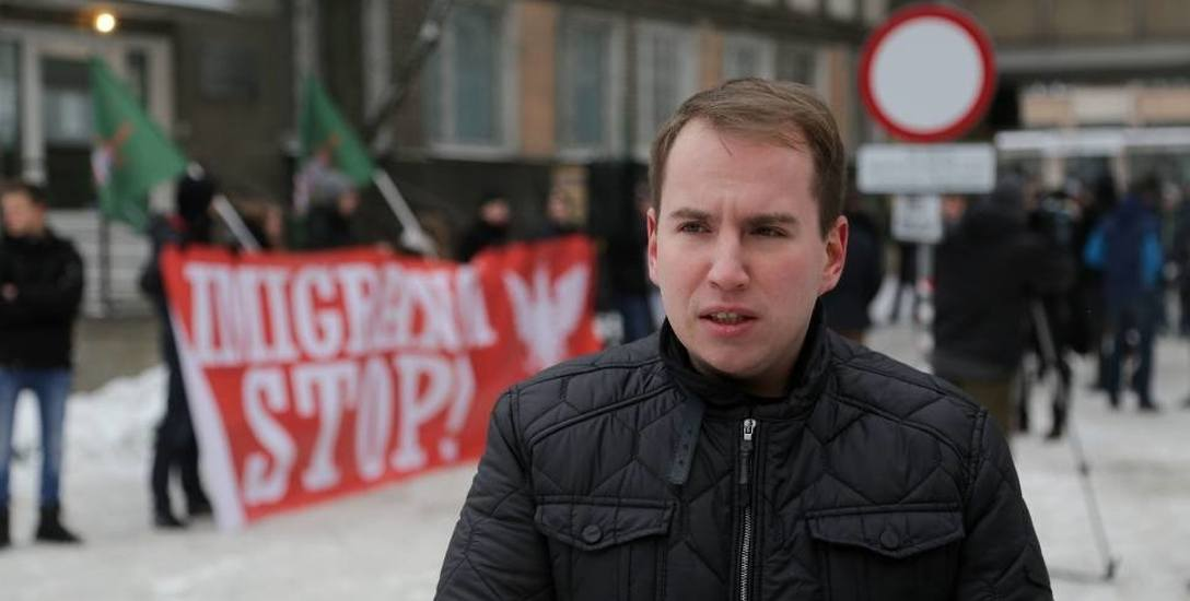 """Adam Andruszkiewicz, wiceminister i poseł: """"Oświadczam, że nigdy nie fałszowałem ani nie kazałem fałszować podpisów""""."""