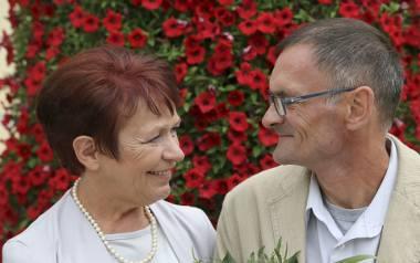 Dziś w małżeństwie Muczyńskich to pani Irena wiedzie prym. Mąż słucha jej, wpatrzony w nią jak w obraz. Odzywa się rzadko