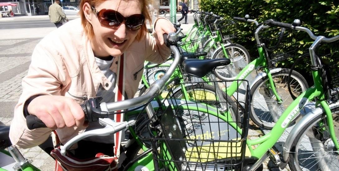- Miejskie rowery to supersprawa - uważa mieszkanka Kasia Dankowska. - Nauczmy się o nie dbać!