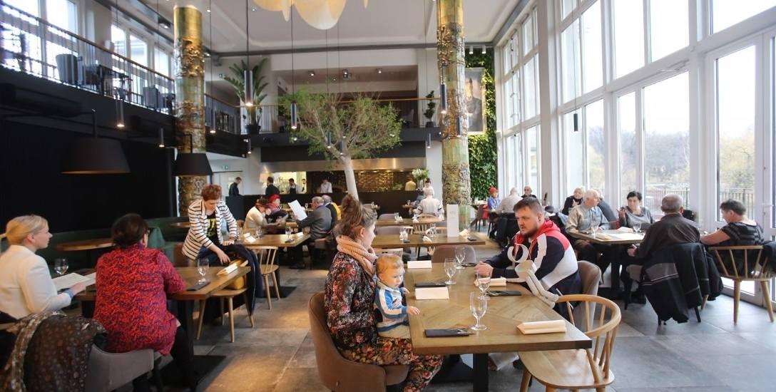 Restauracja Przystań w Parku Śląskim to browar i cukiernia, która serwuje na razie wypieki na wynos