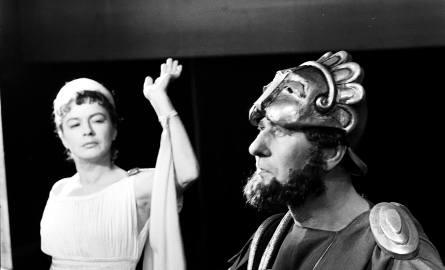 """Teatr Narodowy - sztuka """"Fedra""""."""