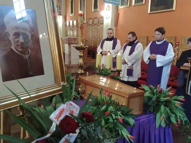 Ksiądz kanonik Kazimierz Michalski zostanie pochowany przy konkatedrze w Zielonej Górze