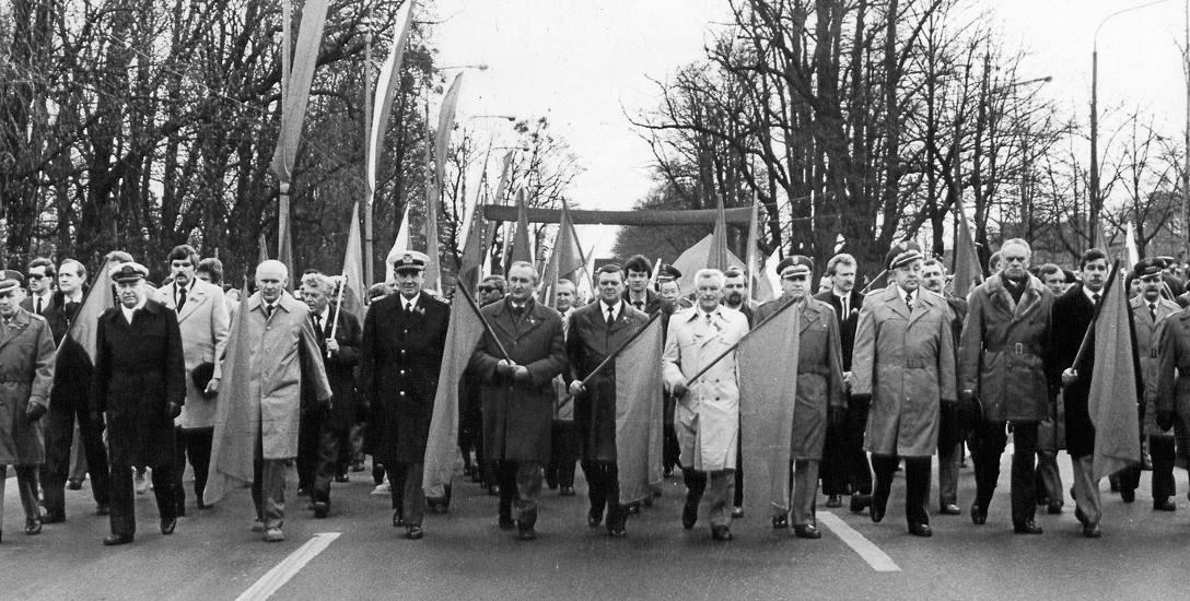 W latach 80. liczba członków PZPR w woj. gdańskim ze 100 tys. stopniała do około 65 tys. Odchodzili głównie reformatorzy, rozczarowani wprowadzeniem