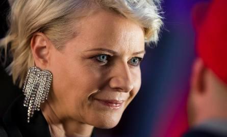 Małgorzata Kożuchowska urodziła się w 1971 roku we Wrocławiu, ale całe dzieciństwo spędziła w Toruniu. Jest absolwentką V Liceum Ogólnokształcącego w