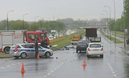 Karambol na Popiełuszki. Zderzenie czterech aut. Jedna osoba w szpitalu (zdjęcia)