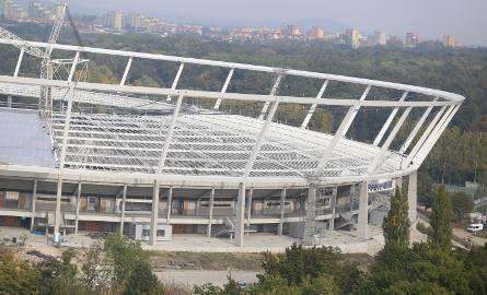 Stadion Śląski przyspiesza. Dach gotowy w grudniu