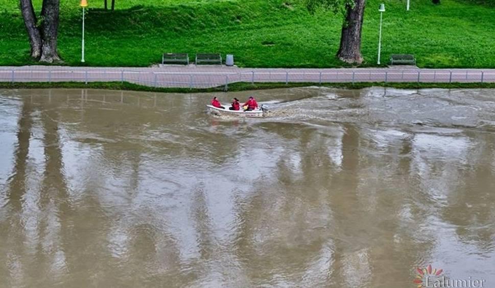 Film do artykułu: Sytuacja powodziowa na Podkarpaciu. Po gwałtownych ulewach od północy strażacy interweniowali już ponad 180 razy