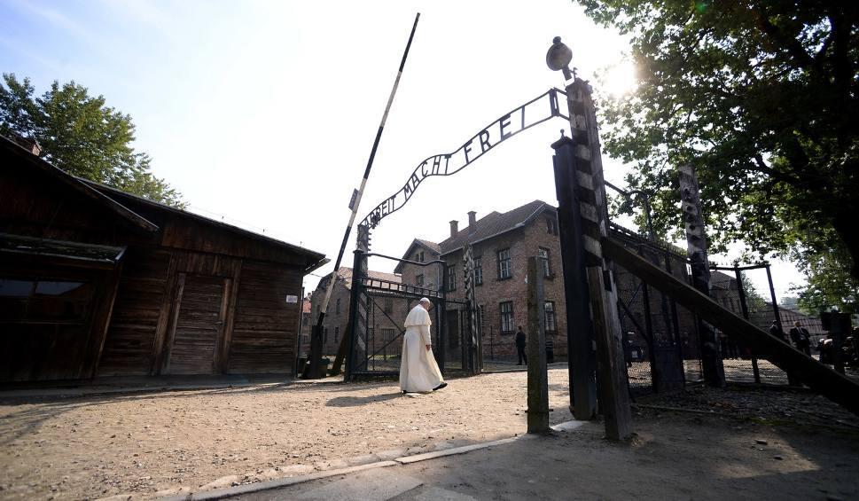 Film do artykułu: Milczący papież Franciszek w KL Auschwitz Birkenau. Co mówili tu jego poprzednicy?