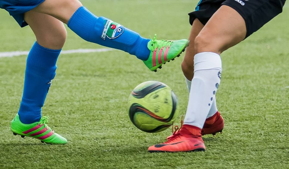 Film do artykułu: Środowe mecze piłki nożnej w klasie A Przemyśl i klasie B Dębica [WYNIKI]