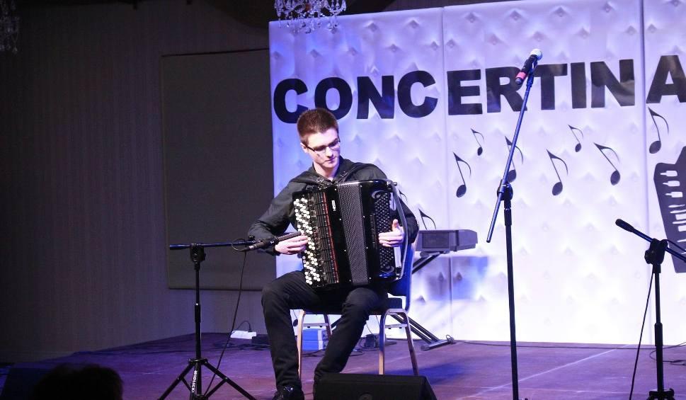 Film do artykułu: Olbrzymi sukces radomskiego akordeonisty Piotra Zarzyki na miedzynarodowym festiwalu w Pradze