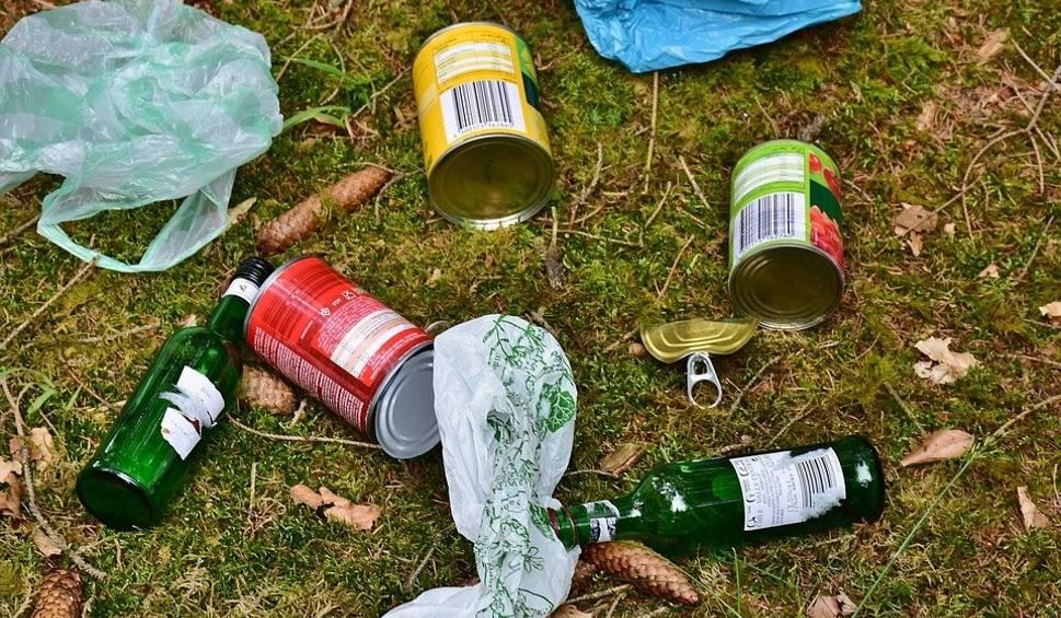 Film do artykułu: W sobotę wielkie sprzątanie brzegów Bobrzy. Po wysiłku… kiełbaski z grilla