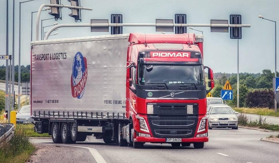 Film do artykułu: Opolszczyzna branżą transportową stoi. Jednym z europejskich liderów jest opolska firma Piomar