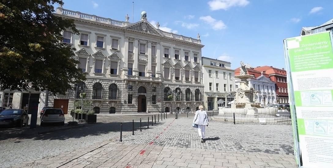 Plac Orła Białego w Szczecinie. Dwie twarze prototypowania
