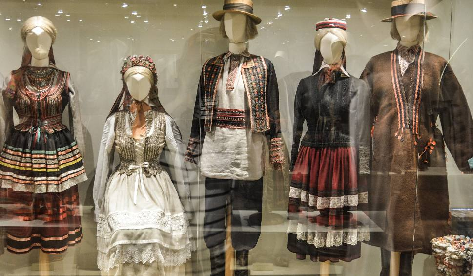 4fb1fbb3677abb Ślubna moda jest stara jak świat, ale historia białej sukni jest krótka -  plus.kurierlubelski.pl